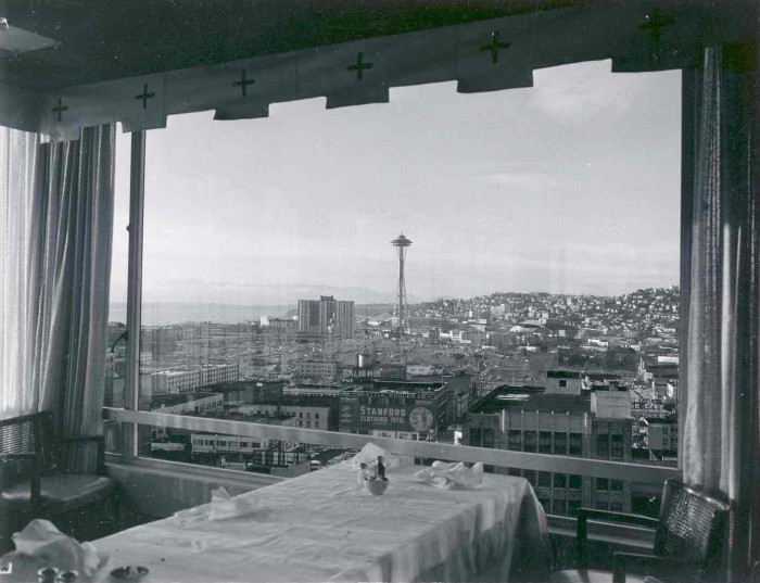 17. The first revolving restaurant in the U.S. can be found in Seattle's own Space Needle. Enjoy a fabulous view of the city while dining on great food? Yes please!