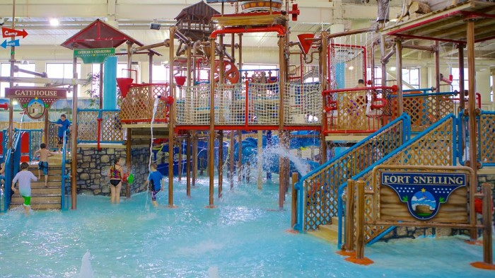 3 Water Park Of America By Moa Is Packed With Indoor Fun Including S Longest Family Raft Ride