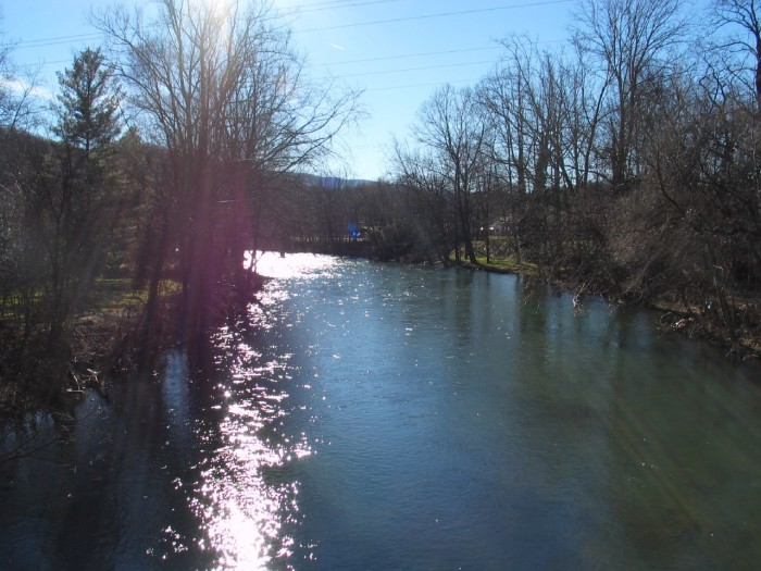 15. Wolf Creek, Narrows