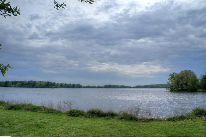 9. Sangchris Lake (Christian and Sangamon Counties)