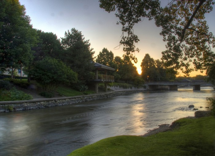 4. Riverwalk, Naperville
