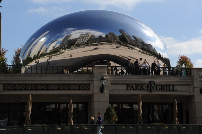 9. People love to take their selfies by the bean, but there's no denying that Millenium Park (Chicago) is a great place to visit.