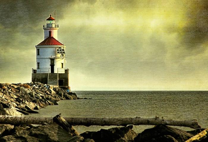 6. Wisconsin Point Light (Superior)