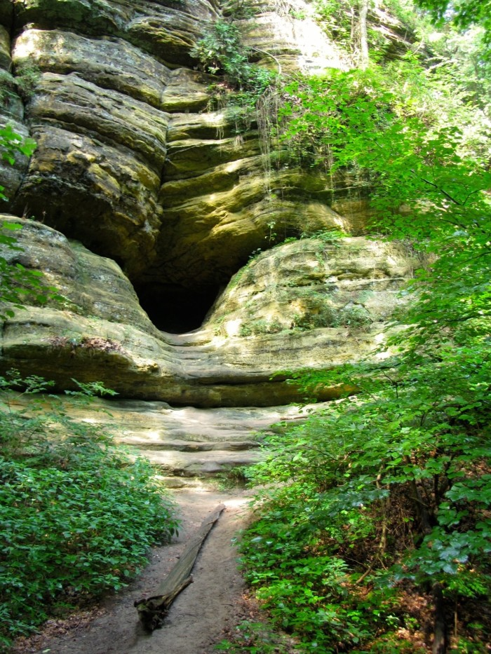 7. Cave in St. Louis Canyon (North Utica)