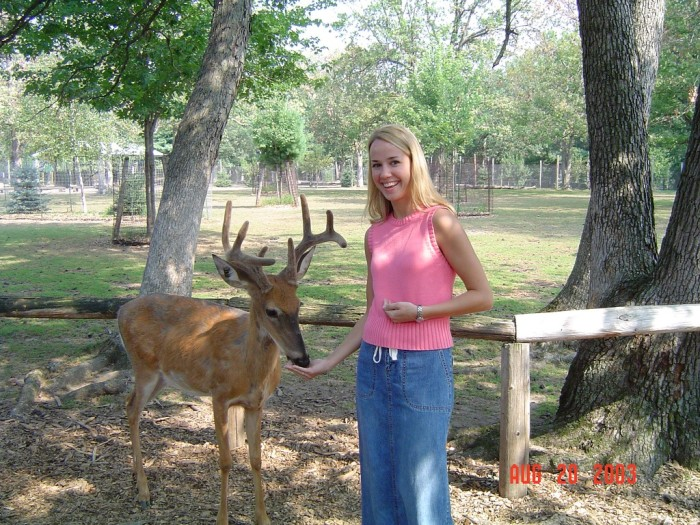 3. Wisconsin Deer Park. Where else can you feed and pet deer?