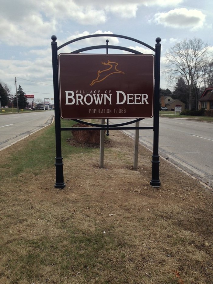 1. Brown Deer. The town is located just outside of Milwaukee, so access to the city's amenities is easy. Homes are affordable. And it's one of the safest places in Wisconsin.