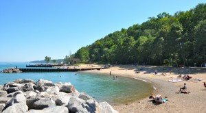 10 Gorgeous Beaches In Illinois That Are Demanding Your Attention This Summer
