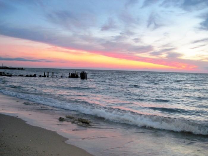 10. Rogers Beach (Chicago)