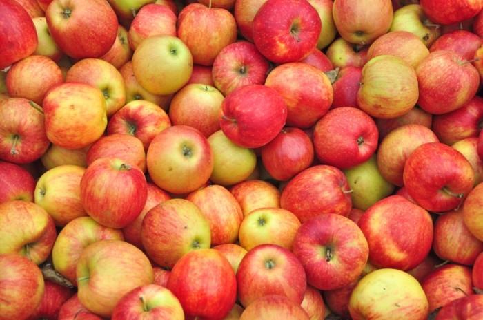 5. Apples
