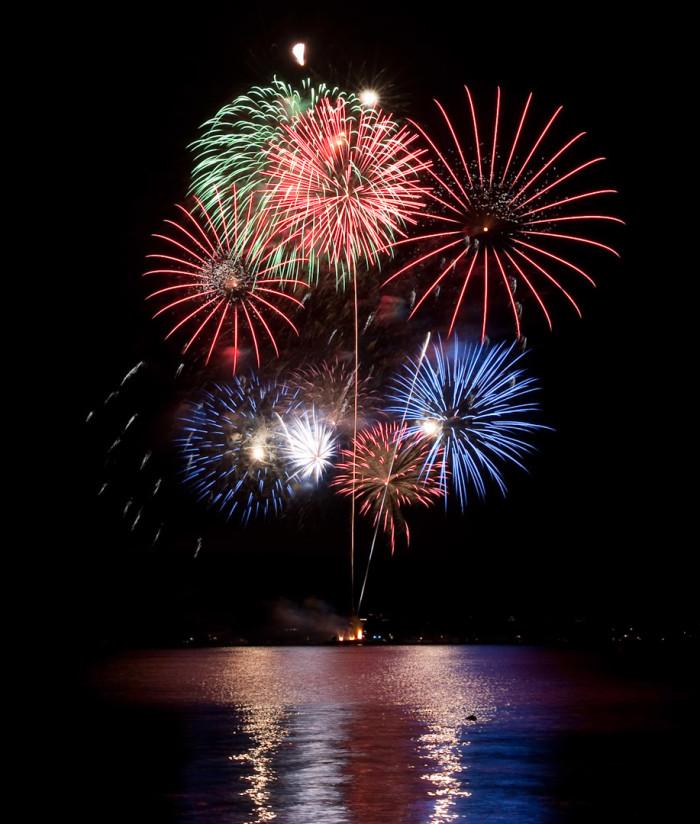 2. Bainbridge Island, Arnold Jackson Memorial Fireworks Show