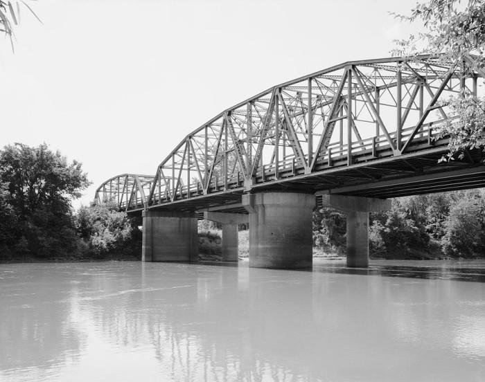 20. Black River Bridge: This bridge carries U.S. Route 67 (US 67) across the Black River in Pocahontas, Arkansas.
