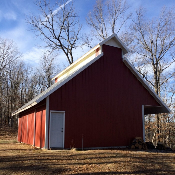 4. Modern Barn