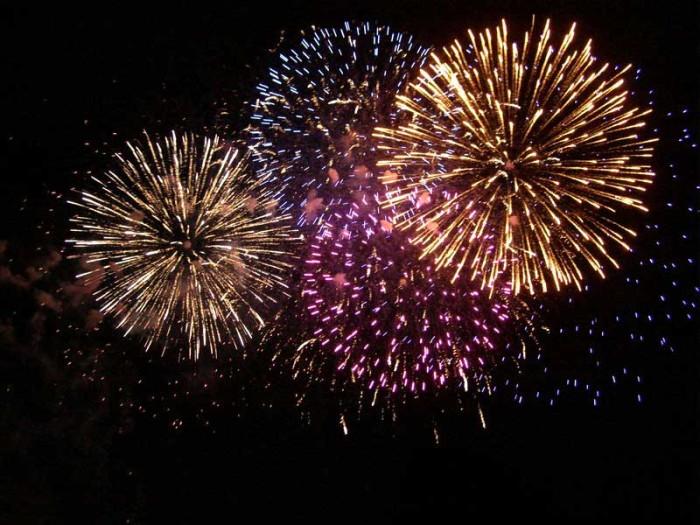 8) Tybee Island Independence Day Fireworks:  Friday, July 3, 2015 Tybee Island, GA