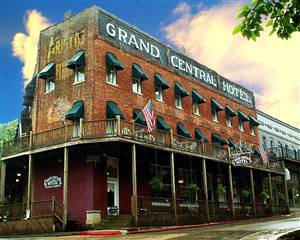 13. Spa at Grand Central: Services and techniques at this Eureka Springs spa include full body massages, paraffin dips, facials, essential oil delight, herbal wraps, and reflexology.