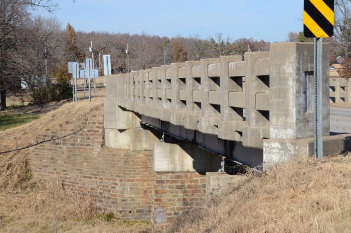 14. Hackett Creek Bridge: This bridge is near Hackett, Arkansas, which carries Arkansas Highway 45 across Hackett Creek.