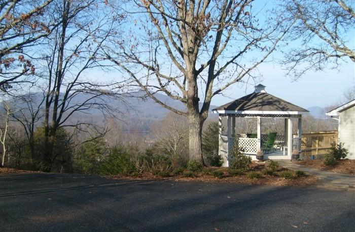 17) Chancey Hill Inn Bed & Breakfast- 385 Chancey Drive , Hiawassee, GA 30546