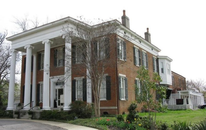 8) The Inn at Hunt-Phelan - Memphis