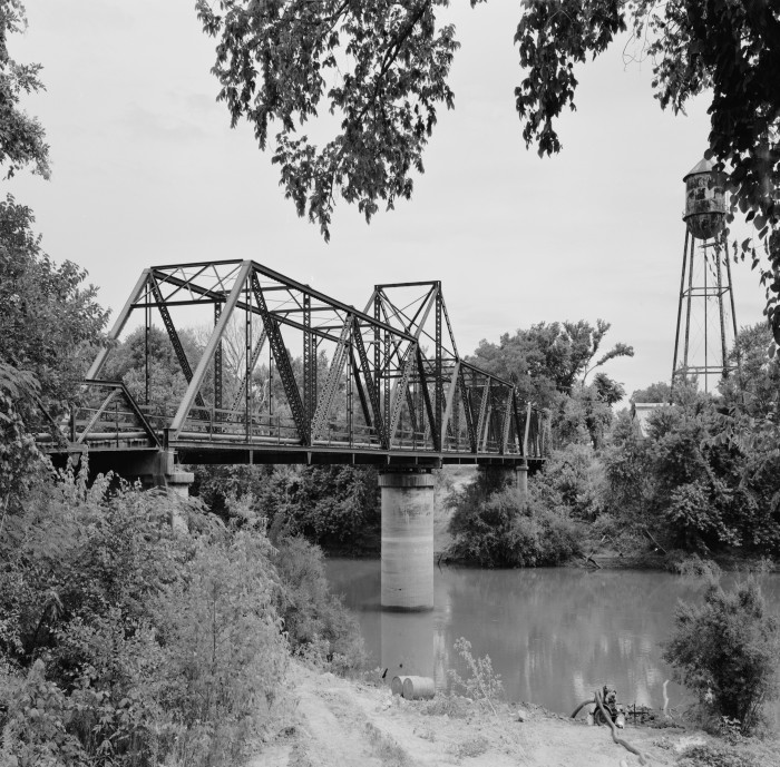 7. Judsonia Bridge: This structure, completed in 1924, is significant as the only known swing bridge in Arkansas designed as a cantilever.