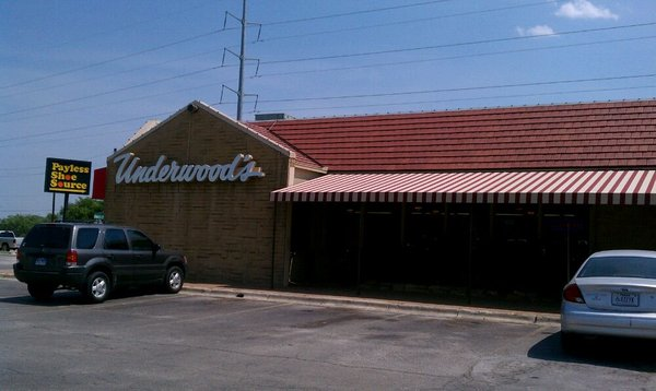 1) Underwood's Cafeteria (Brownwood)