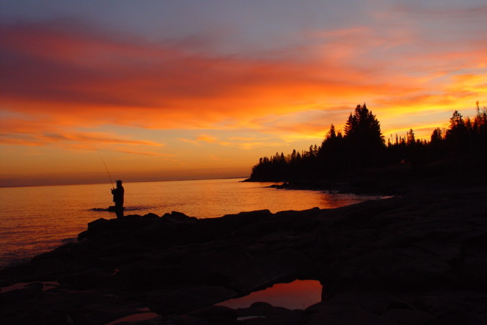 10 stunning minnesota sunsets for Best shore fishing in wisconsin