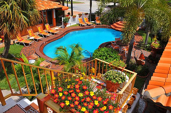 5. Blue Seas Courtyard in Lauderdale-By-The-Sea is modeled down to every detail on a bright and beautiful Mexican hacienda, making it the perfect place for your vacaciones.