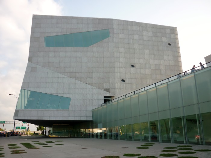 4 The Walker Art Museum in Minneapolis  is an architectural dream.