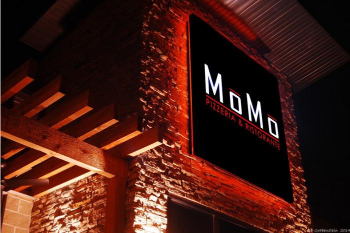 Momo Pizzeria & Ristorante, Lincoln
