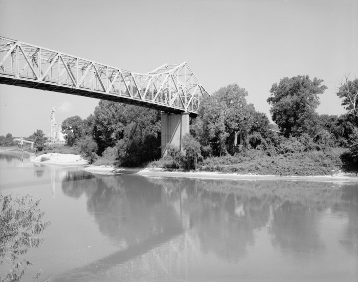 """11. Newport Bridge: Known as the """"Blue Bridge"""", this 400-foot, double-cantilevered bridge at Newport was a major construction project in 1929-30."""