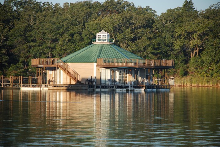 10. Lake Murray Floating Cabins-Ardmore, OK