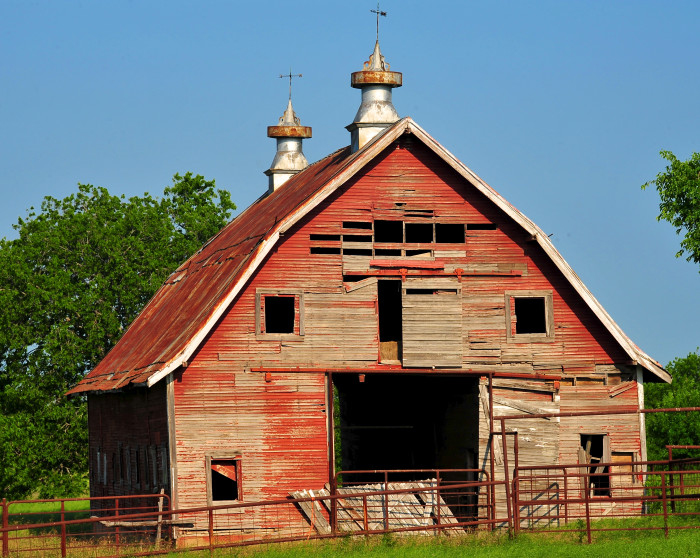 5. This weathered but charming barn sits on Hwy 48 in Bryan County.