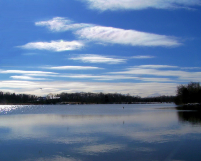14) Or the stunning serenity of this Tennessee lake