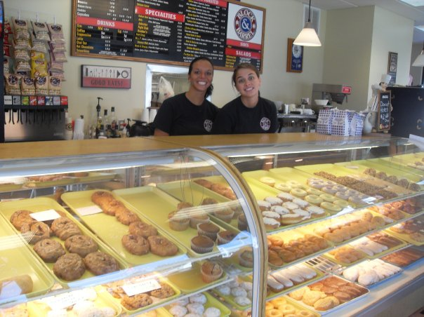 6. Dixie Cream Donuts (West Frankfort)