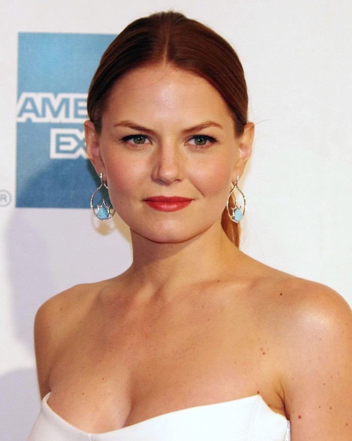 7. Jennifer Morrison was born in Chicago