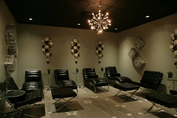 11. Rejuvenation Clinic & Day Spa: This Little Rock day beauty and medical spa offers therapeutic beauty treatments as well as massage, body, and nail treatments.