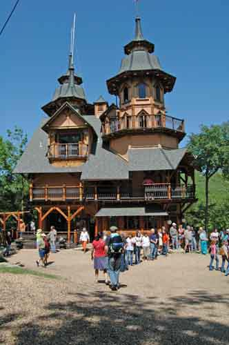 2. Castle Rogue's Manor: Situated on 20 acres of sprawling Ozark forest, Castle Rogue's Manor stands upon the limestone cliffs towering over the White River & Tablerock Lake near Eureka Springs.