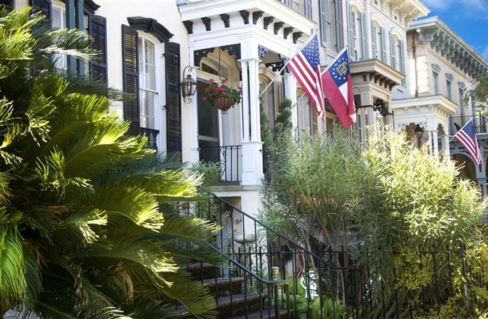 1) The Olde Savannah Inn-217 E. Gaston St. , Savannah, GA 31401