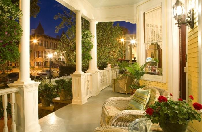 10) Azalea Inn and Gardens- 217 East Huntingdon Historic District near Forsyth Park, Savannah, GA 31401
