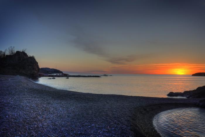 7 A gorgeous light breaks out across Silver Bay.