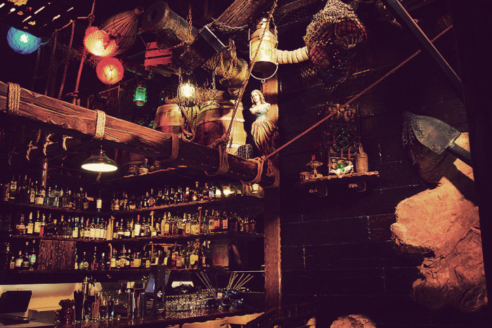2. The Smuggler's Cove in San Francisco is a Barbary Coast Shipwreck Tiki bar. It offers visitors OVER 400 types of rum and 70 unique cocktails. The bravest of the brave even risk the Flaming Scorpion Bowl.