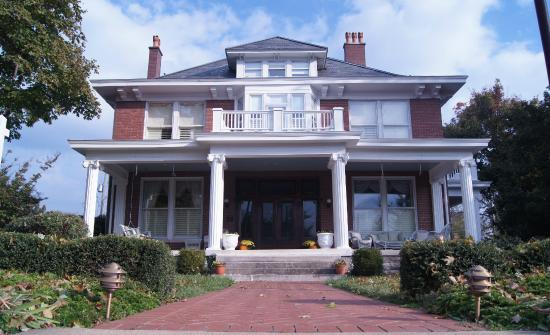 4) The Timothy Demonbreun House - Nashville