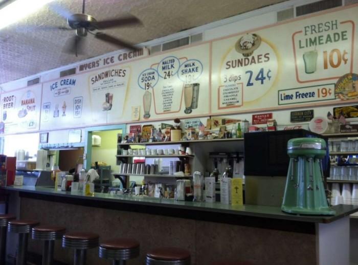 9.) Traditions Soda & Sandwich (Garden City)