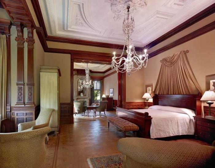 wentworth mansion 2