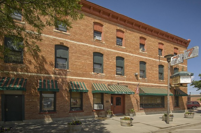 These 5 Haunted Hotels In Nebraska Will Make Your Stay A Nightmare