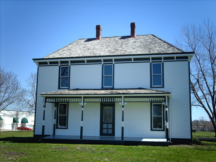 10.	Harry S. Truman Farm Home, Grandview