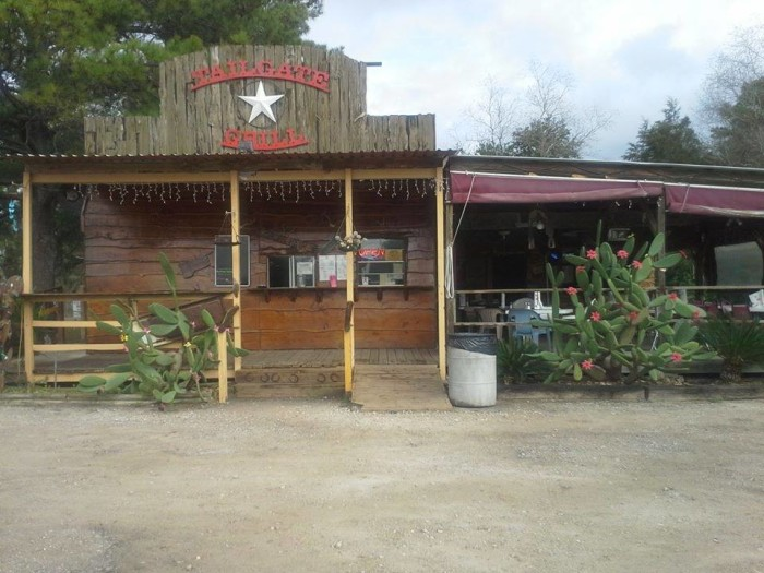 12) Tailgate Grill (Tomball)