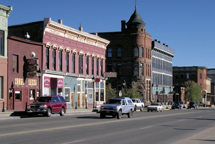2.) With an elevation of 10,430 feet, Leadville is the highest incorporated city in the United States.