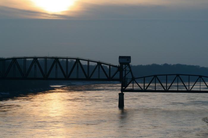 11. Katy Bridge, Booneville