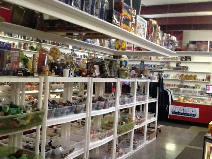 2) Treasure Aisles Flea Market (Monroe)