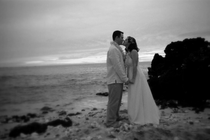 12) And for the ultimate romantic day in Hawaii, get married on the beach! This one might need a little more thought and planning, though.