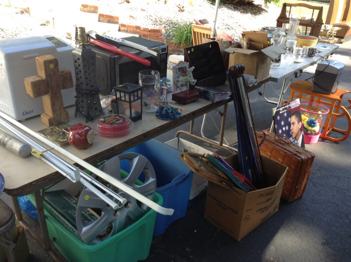 8. Nothing beats waking up early on a Saturday morning than searching for the BEST yard sales in town.